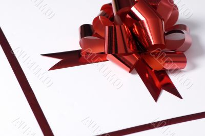 Red bow present 1