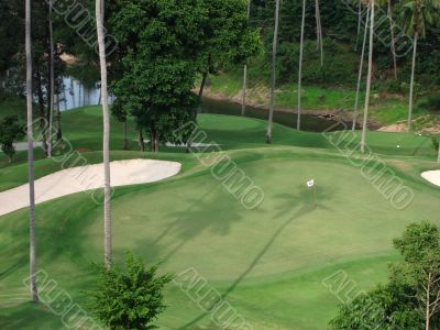 18th hole at tropical Golf course
