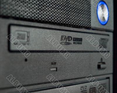 Computer base unit with optical storage