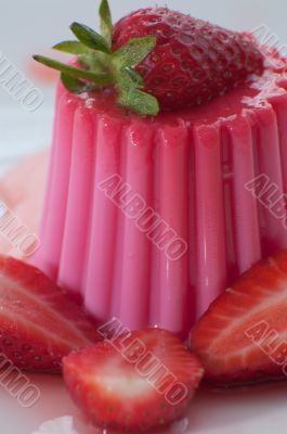 Strawberry Pudding with fresh strawberries