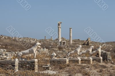 archaic statues of lions on the sacred way