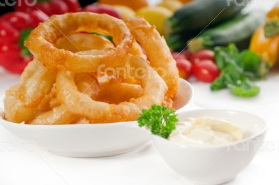 golden deep fried onion rings