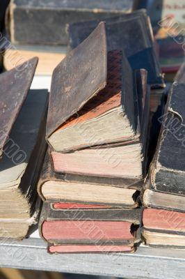 ANTIQUE MARKET Old BOOKS