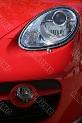Headlight and cowl of the smart car