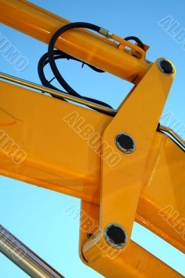 Hydraulic element of a yellow boom of a tractor