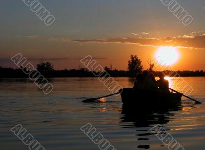The fiery disk of summer, Kozin