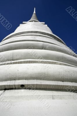 Pagoda and the sky
