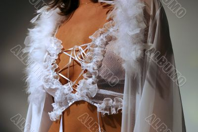 Female linen