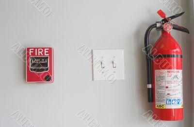 Fire Extinguisher & Pull Box