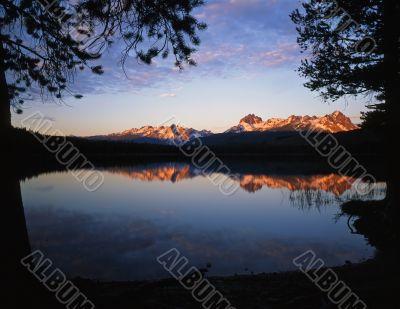 Little Redfish Lake Morning