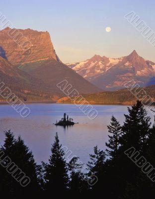 Wild Goose Island & Moon