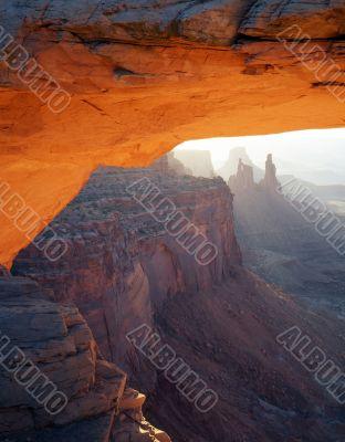 Mesa Arch (V)