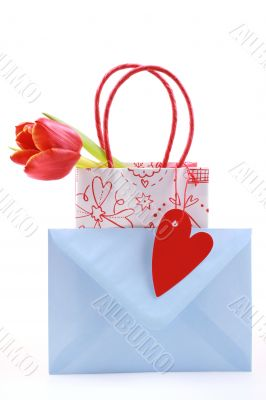 nice shopping bag with tulip and blue envelope