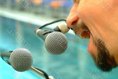 mikrofone | microphones