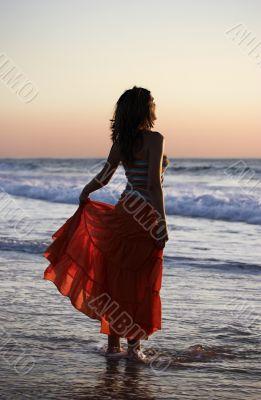 holding the skirt