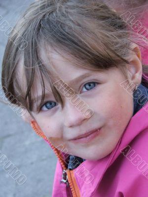 girl, radiant eyes.