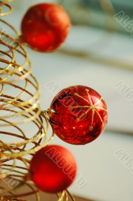 Red christmas bulbs