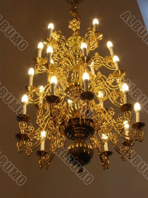 Old fashioned ceiling chandelier