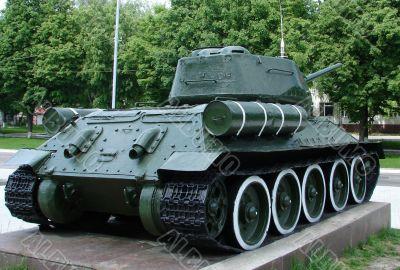 Real Soviet WW2 Tank T-34