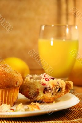 Muffins and orange juice