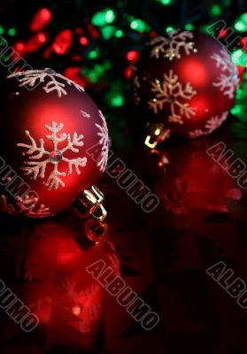 Red Snowflake Baubles