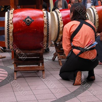 Japanese drums show moment