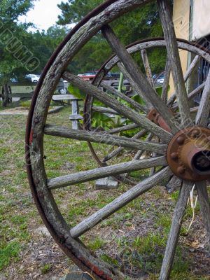 Old South Wagon Wheel