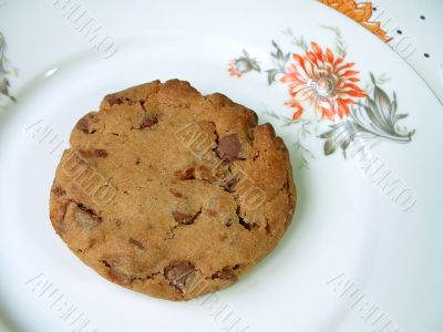 Chocolate chip cookie on plate