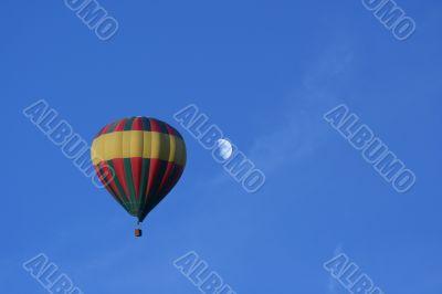 Hot air balloon and Moon