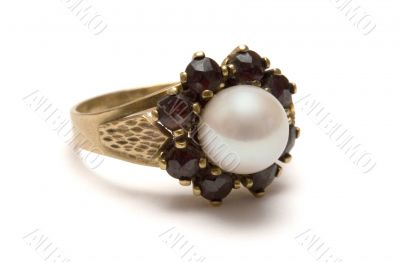 Garnet Gold Ring w/ Pearl
