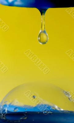 Contact of pure drop and bubble