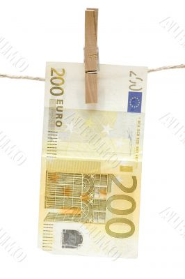 Drying Two Hundred Euro