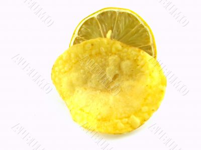 Potato chip and lemon