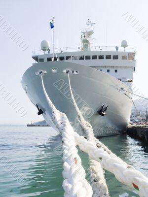 Berthing ropes