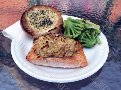 stuffed salmon dinner with broccoli