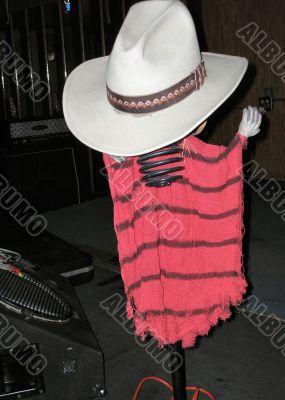 On Stage Hat Stand-Drink Holder
