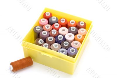 Box for thread