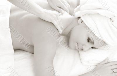 monochrome massage #2