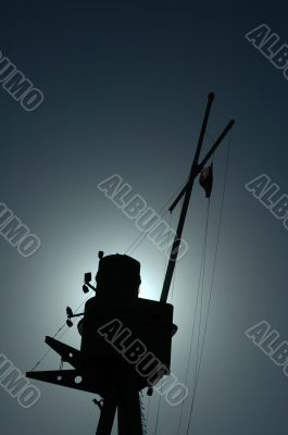 ship mast silhouette