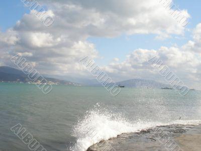 Sea view going to the horizon