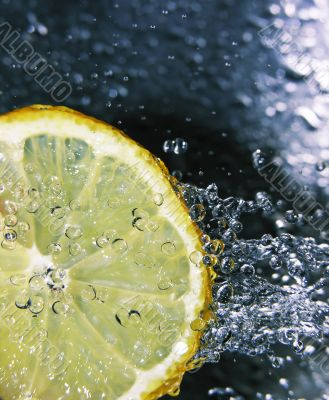 Refreshing lemon