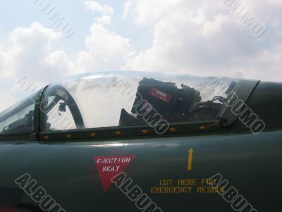 Aircraft - Front of the cockpit of a fighter plane