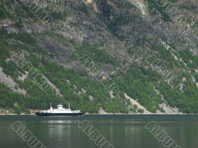 small norwegian ferry