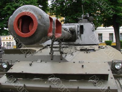 artillery howitzer stem close-up