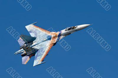 fighter jet Su-27