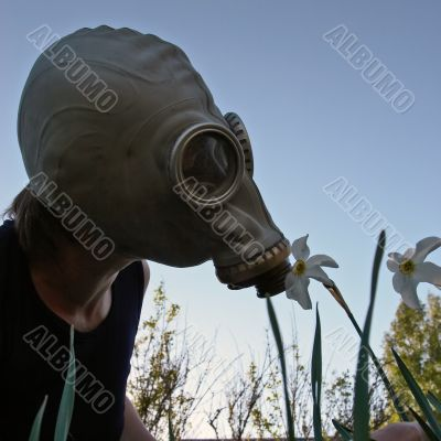 smell through gas-mask