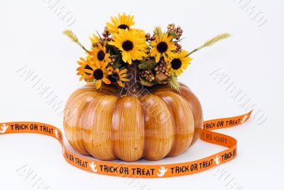 Halloween Pumpkin with Trick or Treat Banner