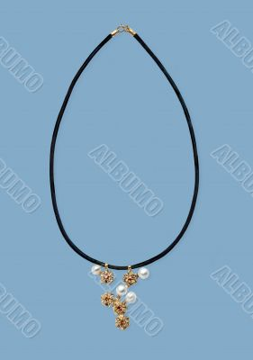 Necklace wiht pearls