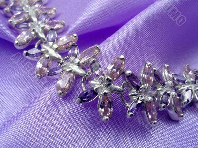 Bracelet wiht amethysts