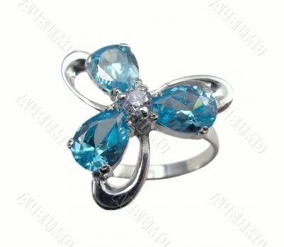 Jewelry ring with sapphire